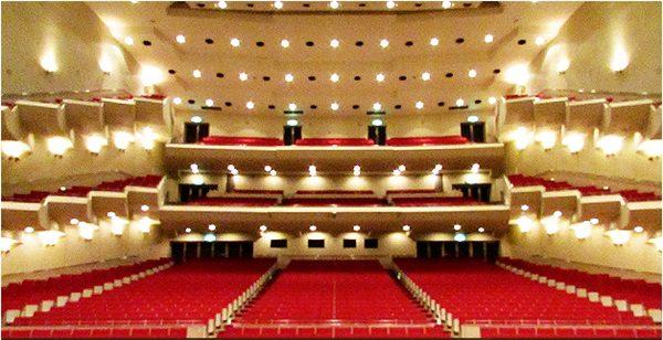 岩手県民会館 大ホール