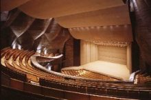 島根県芸術文化センター「グラントワ」大ホール