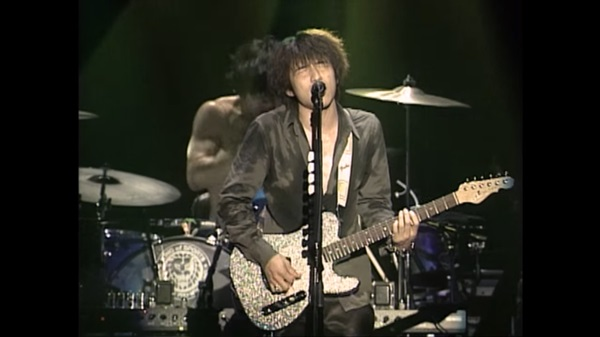 桜井和寿の使用するギター