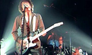 桜井和寿ギター「ブルーフラワー」
